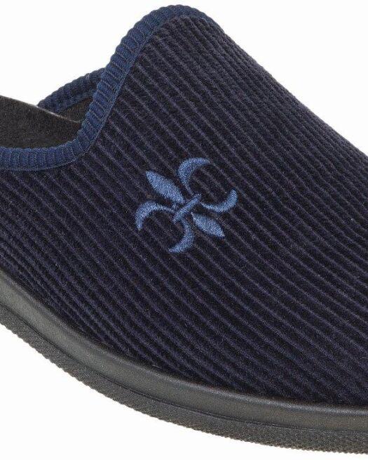 67219502-Adams-Slippers-Man